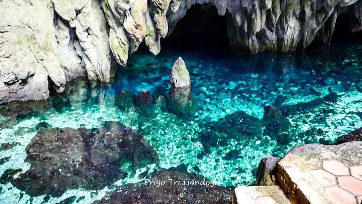 Walaupun Angker Sulit Menahan Untuk Nggak Nyebur Di Gua Hawang Pulau Kei